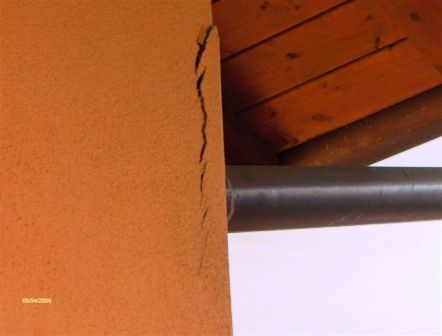 Crepe strutturali assistenza domiciliare integrata for Resina per crepe nei muri